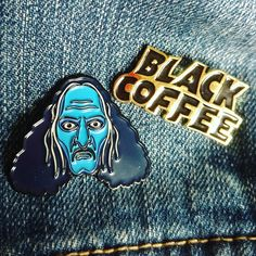 Bobby likes coffee. Awesome new pin arrived from @redtempleprayer #coffee #coffeedad #pins #badges #pingame #blackcoffee #blacksabbath #praiseiommi #pentagram #bobbyliebling #doom #doommetal #heavymetal #metal by dominicsohor
