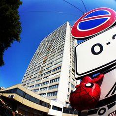 """""""#igersitalia_swspidermantour eh no spideruccio, sul #grattacielo non ti ci mando!"""" #amazingspiderman"""