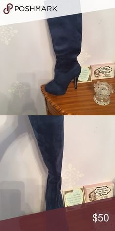 Boots comes with box Suede comfortable platform Shoes Heeled Boots