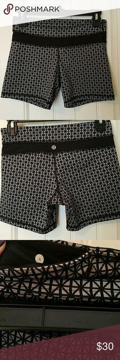 Lululemon Athletica spandex shorts Size 4 shorts. Excellent condition. Has front inner pocket. lululemon athletica Shorts