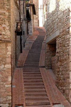 Up hill walking...Assisi, Umbria, Italy