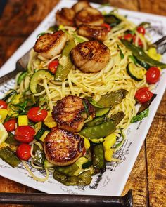 Seared Scallops with Summer Roasted Vegetables! Support your local farmer's markets! Roasted Summer Vegetables, Roasted Vegetable Pasta, Pasta Recipes, Dinner Recipes, Fish Recipes, Seafood Recipes, Dinner Ideas, Cooking Recipes, Scallop Pasta