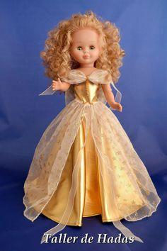 Zenda tiene un cascabel: Vestido para Nancy de Famosa Golden Star.