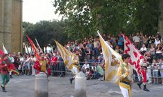 Medieval Parade Popular Culture, Anthropology, Folklore, Medieval, Street View, Fun, Anthropologie, Mid Century