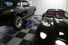 Auch wir hätten diese Fahrzeuge gerne in unsere Garage stehen. Dafür können wir Ihnen den Garagenboden liefern! Garage Boden, Vehicles, Car, Automobile, Autos, Vehicle
