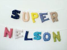 Super Nelson en lettres tissus