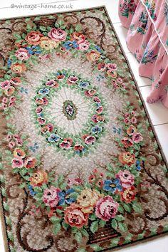 Vintage Home Shop - Gorgeous 1930s Wool Rug with Victorian Rose Basket Design: www.vintage-home.co.uk