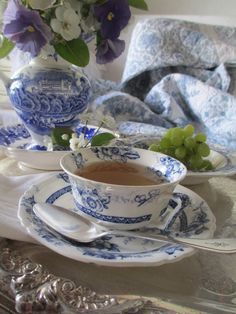 -------- ~ My Place 4 Tea ~---------: ~ Blue And White Morning ~