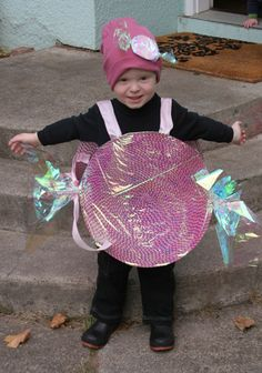 Halloween: $5 No-Sew Costume CANDY