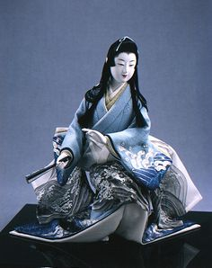Another gorgeous doll made by Shisui Sekihara! This doll's name is Judori Ama (Pearl Fisherwoman).