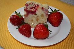 Gotuj pysznie ...: Pyszne ciasto z truskawkami