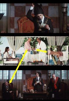 Stretta di mano massonica nel film «Sole a catinelle» Il fotogramma al centro è preso da una scena del famoso film «Sole a catinelle» (che attualmente occupa il terzo posto tra i film con maggiori …