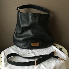 Marc by Marc Jacobs hobo Good condition no stains  or rips only used a few times Marc by Marc Jacobs Bags Hobos