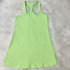 LULU LEMON TOP !! Pre owned but in NEW condition !!! lululemon athletica Tops Tank Tops