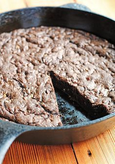 Chocolate Mint Skillet Cookie (unsalted butter, dark cocoa powder, all-purpose flour, baking soda, salt, eggs, brown sugar, vanilla extract, peppermint extract, Andes Creme de Menthe Chips/Andes Creme de Menthe Thins)