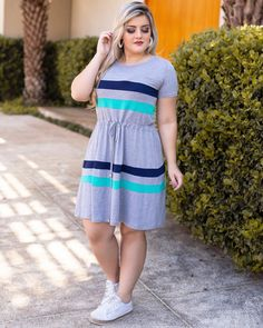 Plus size outfits at Diyanu 40s Outfits, Curvy Outfits, Plus Size Outfits, Fashion Outfits, Big Girl Fashion, Fashion Mode, Casual Dresses, Casual Outfits, Curvy Girl Lingerie