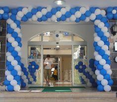 açılış balon süsleme Balloon Decorations, Hanukkah, Balloons, Wreaths, Frame, Door Wreaths, A Frame, Deco Mesh Wreaths, Frames