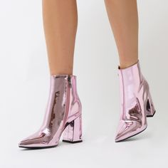 This boot is a PD office hero! Featuring a flared block heel and pointed toe in a high shine liquid metallic. Sits just on the ankle so perfect paired with dresses and jeans alike! Fancy Shoes, Pretty Shoes, Beautiful Shoes, Cute Shoes, Me Too Shoes, Sock Shoes, Shoes Heels Boots, Ankle Boots, Metallic Boots
