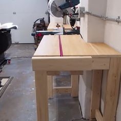 Woodworking Workshop, Easy Woodworking Projects, Woodworking Techniques, Woodworking Plans, Woodworking Shop Layout, Unique Woodworking, Popular Woodworking, Diy Wooden Projects, Wood Shop Projects
