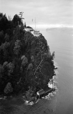 1938 Prospect Point Signal Station and Lighthouse Vancouver Photos, Vancouver Bc Canada, Downtown Vancouver, Vancouver Island, Places Around The World, Around The Worlds, History Photos, Old Photos