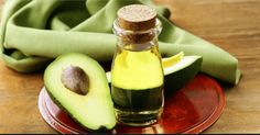 Avocado Oil Natural Acne Remedy With so many acne treatments available it can be hard to find the right one for your skin. If commercial treatments don't seem to be doing the job, you should give acne remedies and natural oils a try. Avocado Oil is one t Avocado Mask, Avocado Oil, Skin Treatments, Avocado Benefits, Coconut Oil For Acne, Natural Acne Remedies, Oils For Skin, Grow Hair, Herbs
