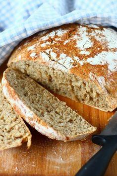 Helppo kattilaleipä/pataleipä - Suklaapossu Bread Baking, Breads, Baking