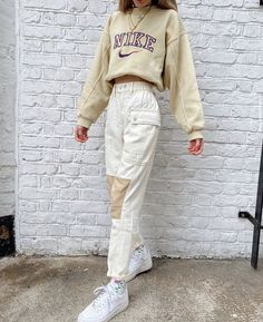 Fashion inspiration on whats your fav song at the moment thxmode thxmode natalieeleavitt Vintage Outfits, Retro Outfits, Trendy Outfits, Spring Outfits, Soft Grunge Outfits, Everyday Casual Outfits, Dressy Casual Outfits, Urban Style Outfits, Casual School Outfits