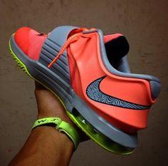 online retailer 57a17 44c32 Nike KD 7