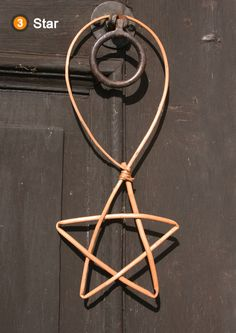 Woven willow star project included in book: Willow Craft 10 Simple Projects