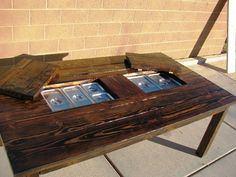 Build a DIY patio table with a drink cooler and matching benches. The built-in ice boxes are covered when not in use, making a perfect picnic table for outdoor dining. Diy Outdoor Furniture, Deck Furniture, Furniture Ideas, Furniture Design, Pallet Furniture, Cheap Pergola, Diy Pergola, Pergola Shade, Pergola Ideas