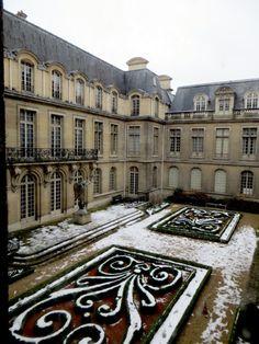 Musee Carnavalet in the snow, Paris.