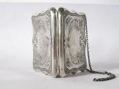 Items similar to Art Nouveau Sterling Silver Cutch on Etsy Art Nouveau, Art Deco, Vintage Purses, Vintage Bags, Vintage Handbags, Silver Jewellery Indian, Silver Jewelry, Silver Ring, Belle Epoque