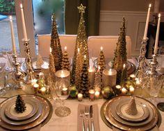 traditional christmas table setting