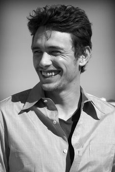 james franco agh he has the cutest, most genuine smile aghguajkerbgm