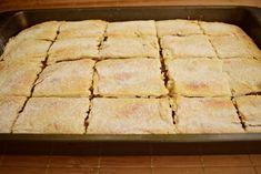 Plăcintă cu mere și foietaj simplu de casă - Rețete Merișor Cake Cookies, Donuts, Good Food, Sweet Home, Dairy, Gluten, Sweets, Bread, Homemade