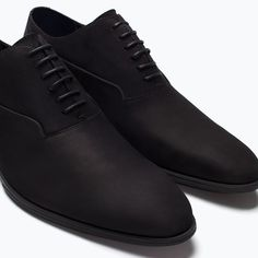 Tried this Pin? Modern Mens Fashion, Mens Boots Fashion, Sneakers Fashion, Black Leather Ankle Boots, Black Shoes, Look Man, Business Shoes, Formal Shoes For Men, Zara Man