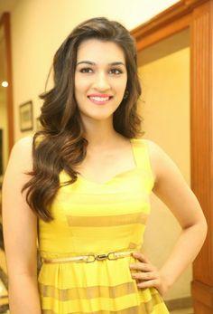 Kriti-Sanon-at-Telugu-Film-Dochey-Audio-Launch-stills-17