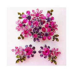 Austria rhinestone floral brooch pin clip earrings set ($135) ❤ liked on Polyvore featuring jewelry, vintage jewellery, floral jewelry, pin jewelry and vintage jewelry
