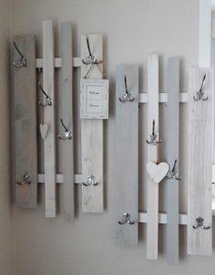 """Combined wardrobe """"Variabel lamemo,"""" grey-white - Strickliesel - Re-Dekoration Flur Design, Küchen Design, Interior Design, Hallway Designs, Wooden Pallets, Pallet Furniture, Grey And White, Wood Projects, Diy Home Decor"""