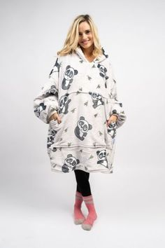Cute Lazy Outfits, Cool Outfits, Fashion Outfits, Simple Outfits, Teen Fashion, Manta Polar, Cute Clothing Stores, Wicked Clothing, Wearable Blanket