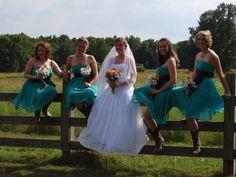 Western Wedding Photo Idea -