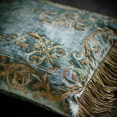 Calista on Como Silk Velvet - Teal