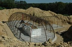 structural steel – Formworks Building – an underground dome hybrid home under construction Underground Living, Underground Shelter, Underground Homes, Shop Buildings, Steel Buildings, Metal Shop Building, Earth Sheltered Homes, Earth Bag Homes, Dome House