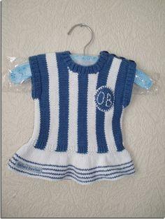 Viggas første OB-dragt #OB #odenseboldklub #knitting #babydesign