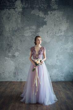 Vestido de novia color lila  serenidad