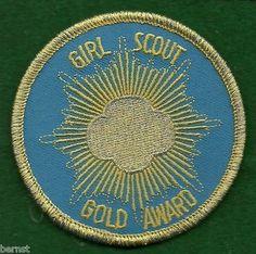 Vintage Pins, Vintage Stuff, Vintage Items, Girl Scout Gold Award, American Girl Magazine, Girl Scouts Of America, Girl Scout Patches, Girl Scout Swap, Girl Scout Crafts