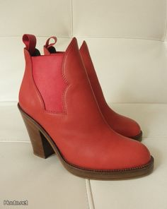 Punaiset Acne Star -nilkkurit / Red Acne Star bootees