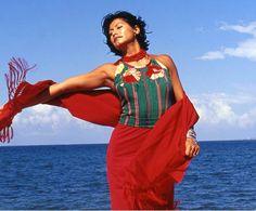 La identidad indígena resurge en la moda mexicana - Noticias : defiles (#292746) Color Patterns, Cover Up, Latina, Dresses, Inspired, Casual, Fashion, World, Woman Clothing