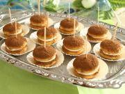 Tiramisu jednohubky Tiramisu, Pancakes, Rum, Cupcake, Breakfast, Muffin, Food, Morning Coffee, Cupcakes