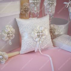 Amazing accessories - Worldwide delivery #custom #pillowring #lace #ivory #pearl #weddingset  Подушечка для колец CLASSIC WEDDING